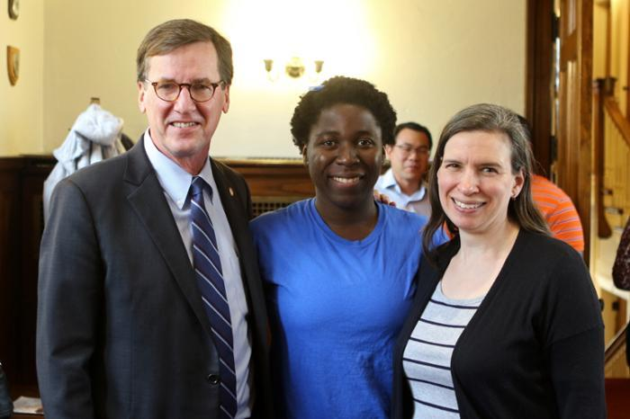 Emmanuela Oppong '19, center, with President Stephen C. Ainlay and Lynn Evans.