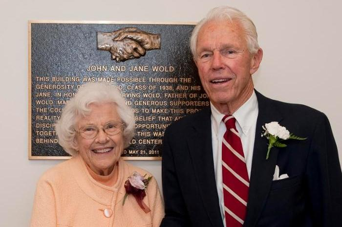 Jane and John Wold '38 at the dedication of the Peter Irving Wold Center in May 2011.