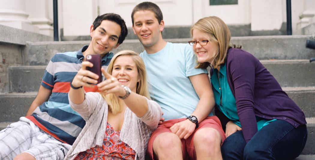 Union students take a group selfie.