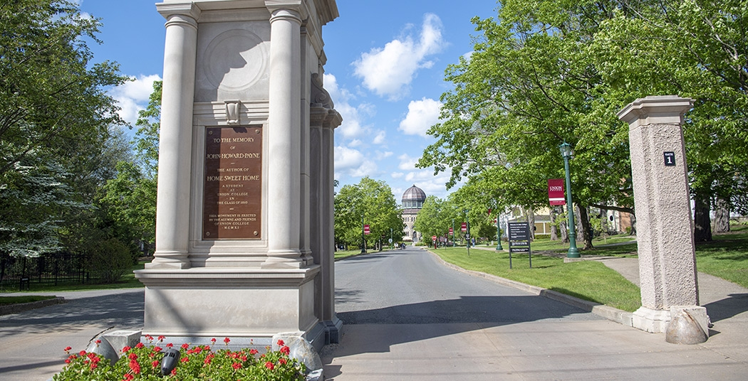 Union College front entrance