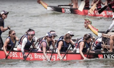 American Dragons Singapore paddle team